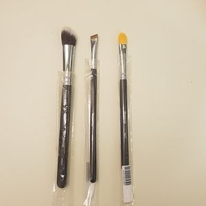 Nwt morphed brushes (3)